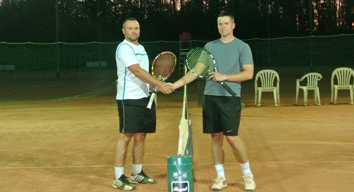 http://m.wm.pl/2018/12/orig/tenis33-519176.jpg