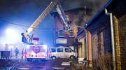 Pożar budynku mieszkalnego na ul. Bożego Ciała. Jedna osoba w szpitalu [zdjęcia]