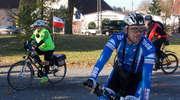 Miejska wycieczka rowerowa. Most zygzak w Nowakowie