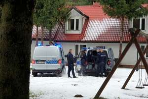 Zabójstwo dwóch osób pod Olsztynem. Sąd nie wypuścił Hindusa z aresztu
