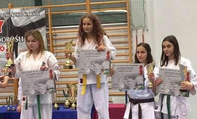 Trzy medale olecczanek w Pucharze Polski w karate