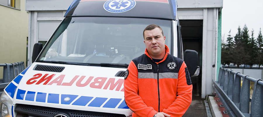 Gdy kierowca nie widzi karetki... Ratownik medyczny z Elbląga opowiada o swojej pracy