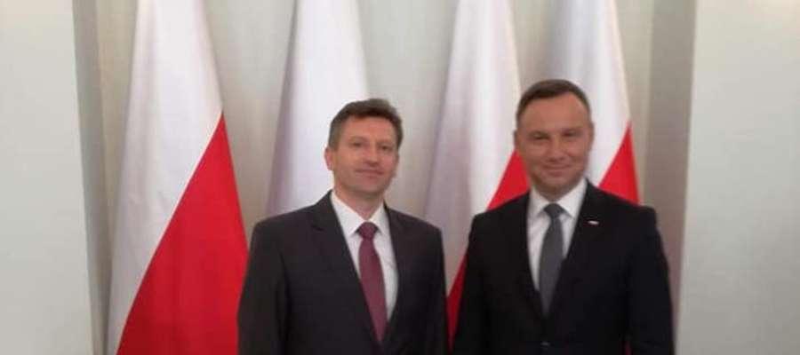 Burmistrz Lidzbarka Warmińskiego Jacek Wiśniowski w towarzystwie Prezydenta RP Andrzeja Dudy