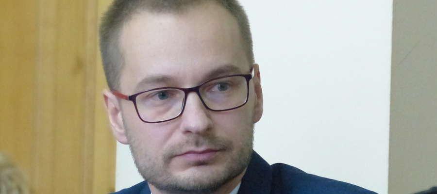 Umorzenia podatkowe nie będą przyznawane na taką skalę, jak dotychczas - system będzie uszczelniany - mówi Dawid Kopaczewski, burmistrz Iławy