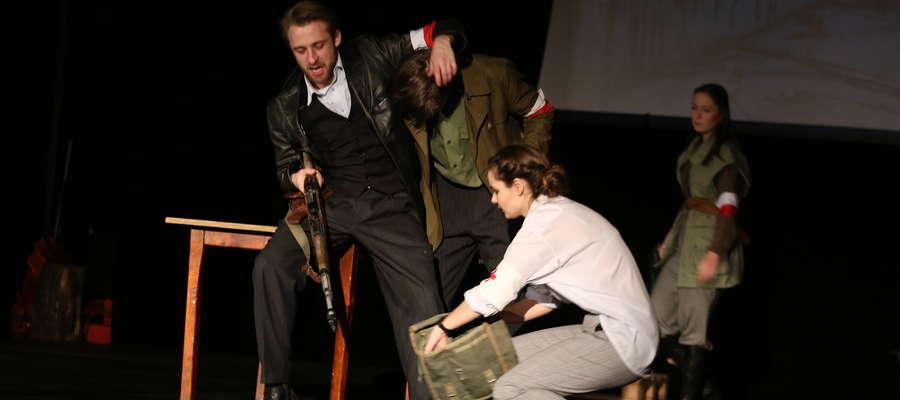 Artyści spektakl zagrali już kilkakrotnie dla kętrzyńskich szkół