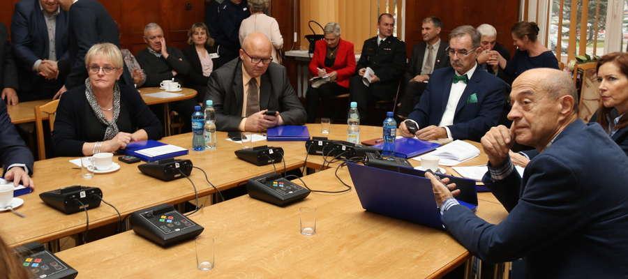 Pierwsza sesja Rady Powiatu  Giżyckiego kadencji 2018-2023