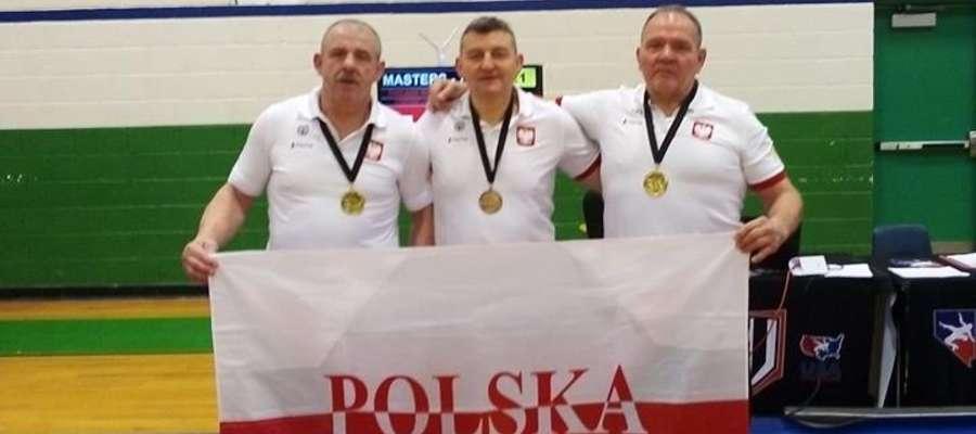 Reprezentanci Polski zdobyli w Las Vegas dwa złote medale i jeden brązowy. Mistrz świata Stanisław Kamiński pierwszy z prawej.