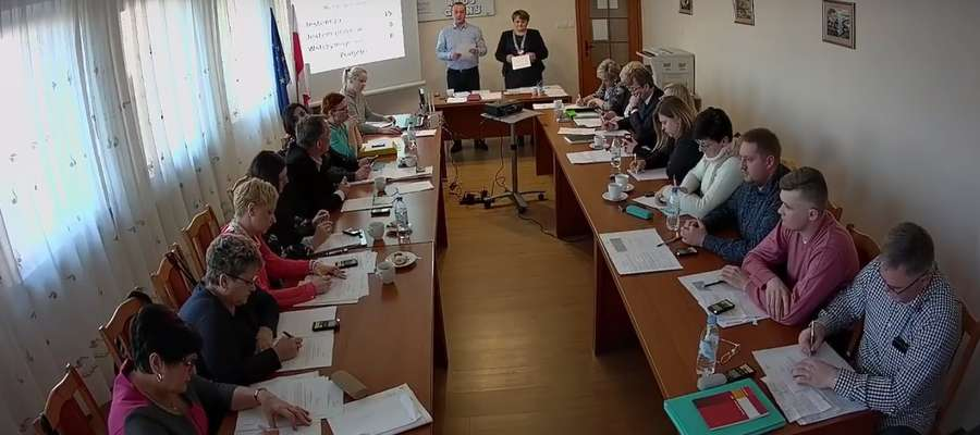 Radni ustalili składy osobowe komisji oraz wynagrodzenie wójta