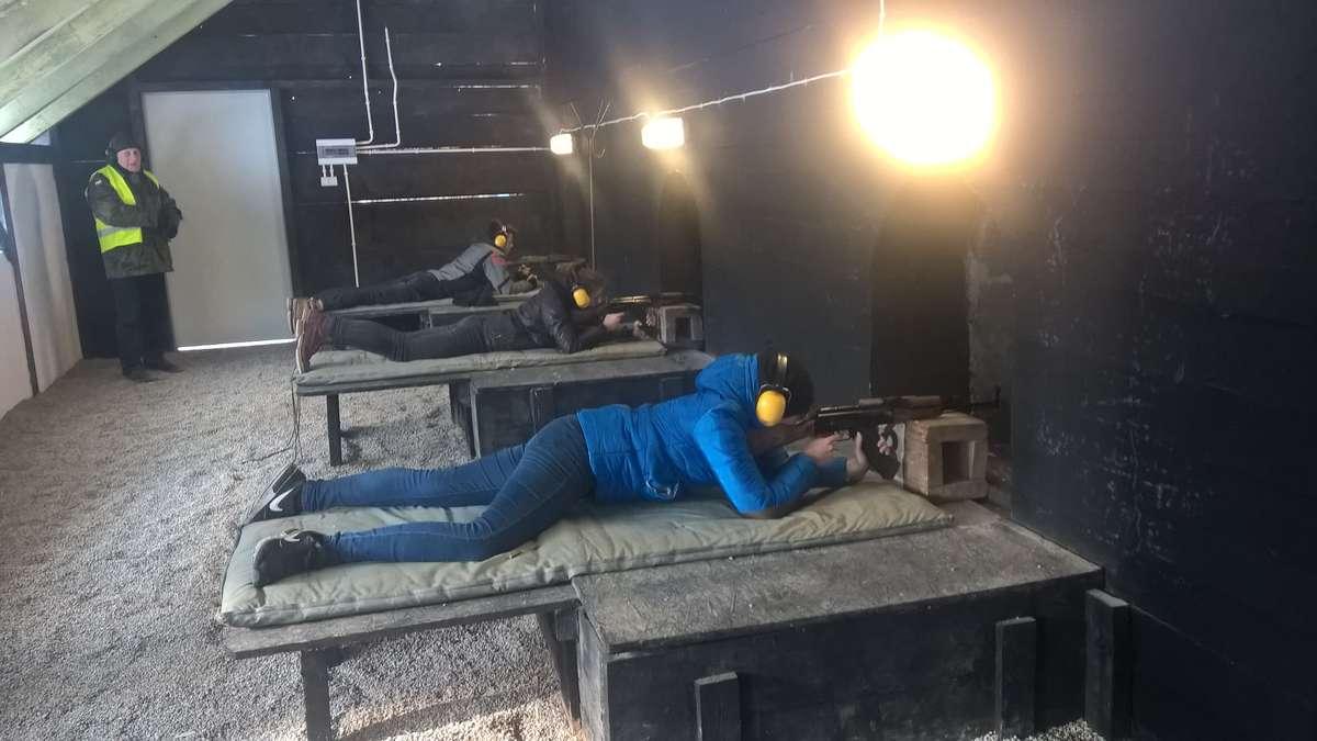 Na strzelnicy LOK w Olsztynie