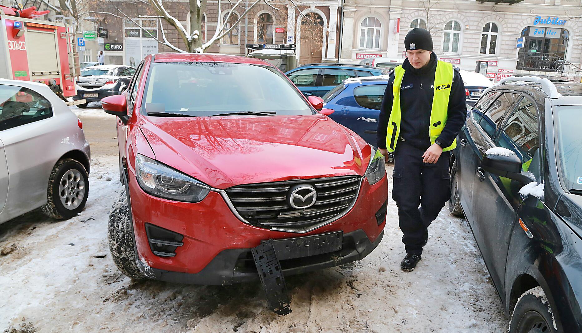 na stopach o fabrycznie autentyczne niska cena sprzedaży Wypadek w centrum Olsztyna. 73-letnia kobieta nie ustąpiła ...