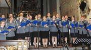 W nowomiejskiej bazylice kolędy zaśpiewali policjanci