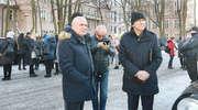 Prezydent Olsztyna w niebezpieczeństwie? Ewakuacja w olsztyńskim ratuszu [ZDJĘCIA, RELACJA, AKTUALIZACJA]