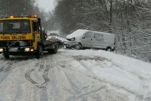 Trudne warunki na drogach powiatu ełckiego