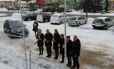 Orzysz solidarny z Gdańskiem. Znicze przed ratuszem