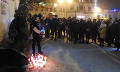 Światełko Pamięci Pawła Adamowicza w Nowym Mieście