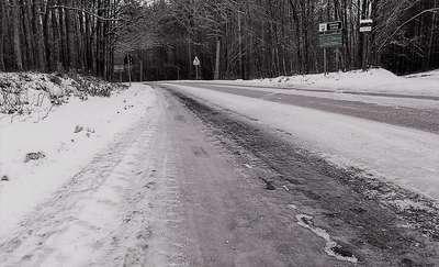 Drogi jak lodowisko. Polecamy te trasy piaskarkom