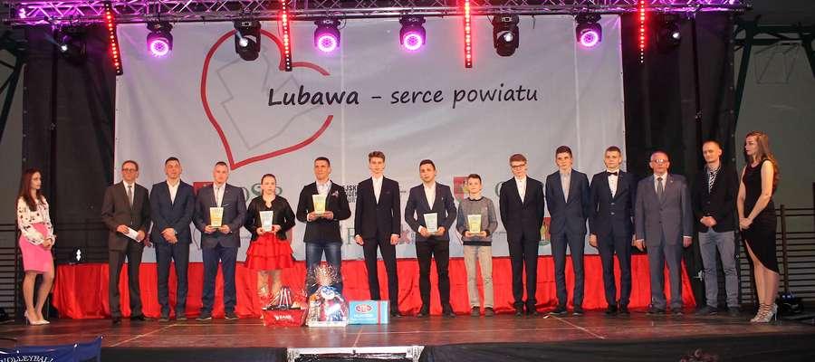 """Tak prezentowali się laureaci wybrani przez Czytelników """"Głosu Lubawskiego"""" rok temu - na kogo postawicie tym razem?"""