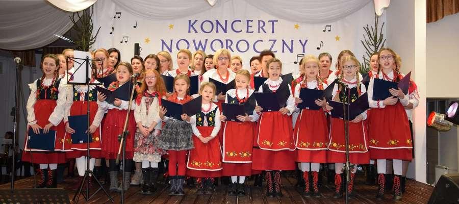 """Podczas noworocznego koncertu zaprezentowało się Stowarzyszenie """"Nasze marzenia"""""""