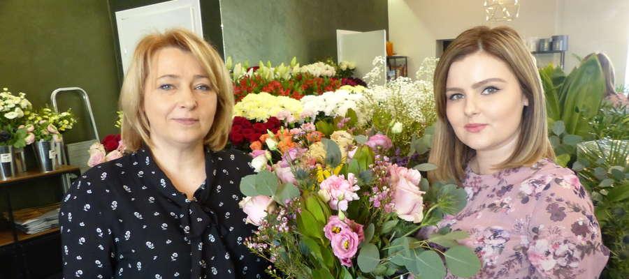 Przemiłe panie florystki, Marzena i Natalia z przyjemnością stworzą dla państwa wymarzoną kompozycję kwiatową, w modnej i nowoczesnej lub bardziej tradycyjnej aranżacji