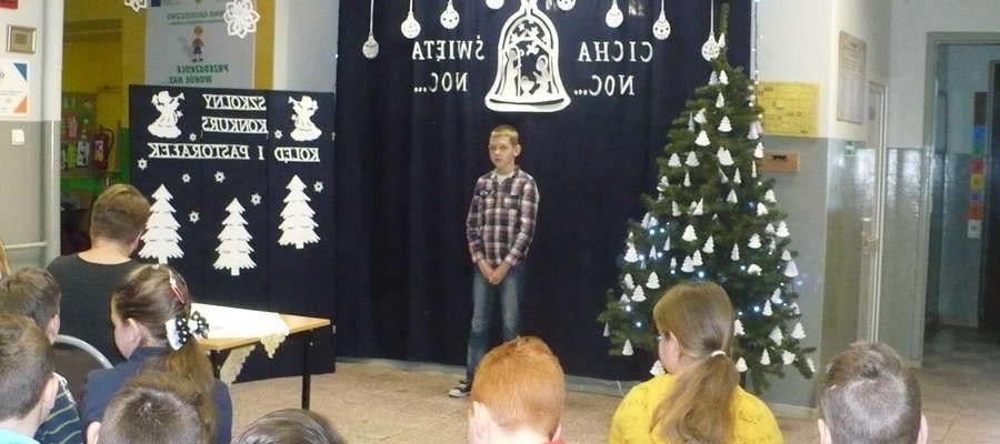 Podczas konkursu w szkole w Zajączkowie