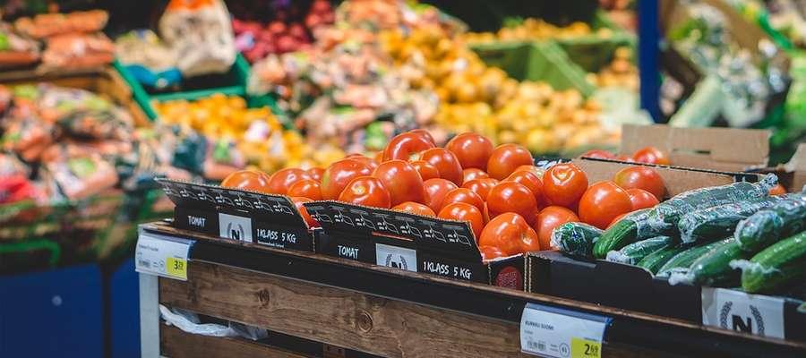 Przeciętnie mieszkaniec Warmii i Mazur wydaje na jedzenie 265 zł, podczas gdy średnio w kraju jest to 286 zł. Zjadamy mniej warzyw i owoców niż mieszkańcy innych regionów