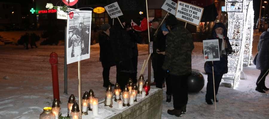 Protest w Giżycku po śmierci prezydenta Gdańska