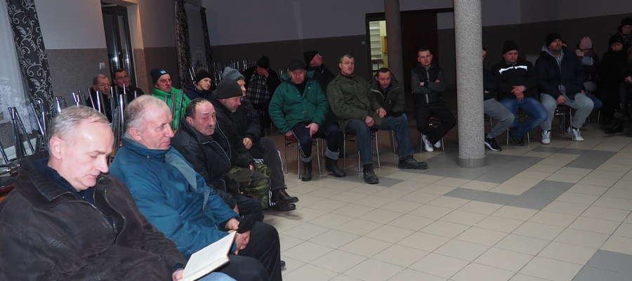 Mieszkańcy wsi stanowczo sprzeciwiają się budowie kurników w centrum Rumoki