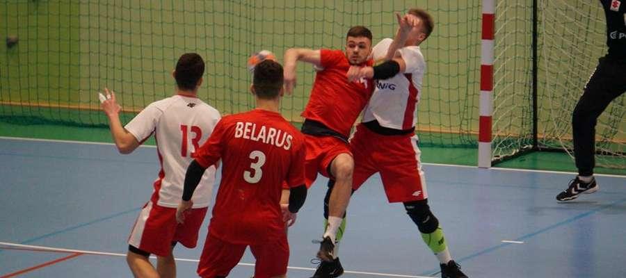Polscy juniorzy dwukrotnie przegrali z Białorusinami