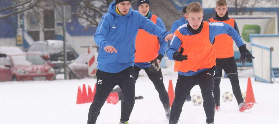Trening Stomilu: z lewej Mateusz Mętlicki, z prawej Maciej Serbintowicz.