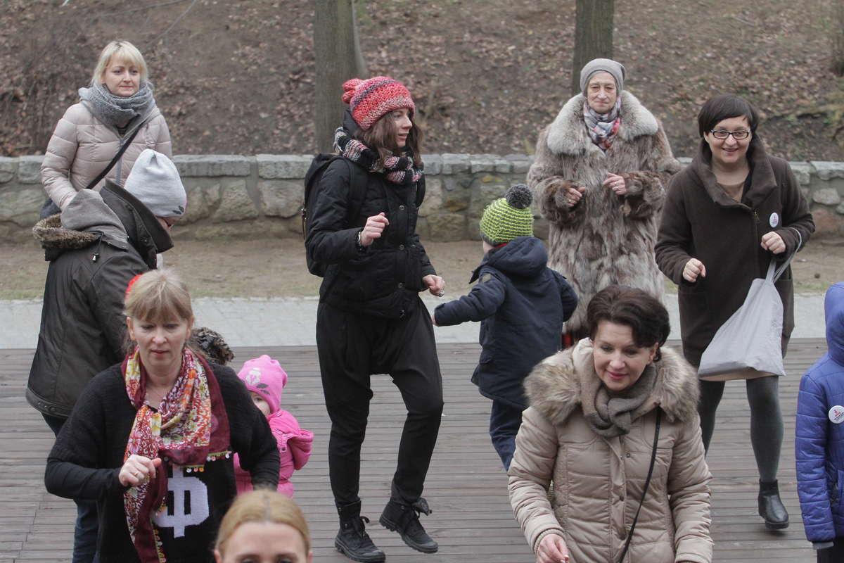 Taniec na Starym Mieście w zeszłym roku - full image