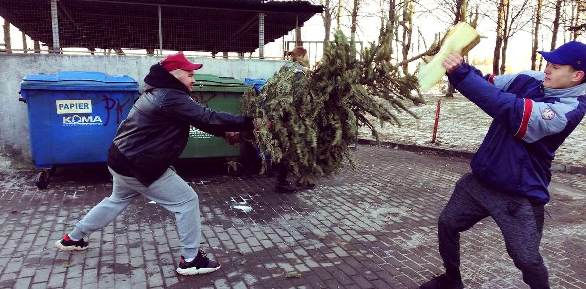 Jedna ze scen była kręcona przy śmietnikach na ulicy Pana Tadeusza w Olsztynie.