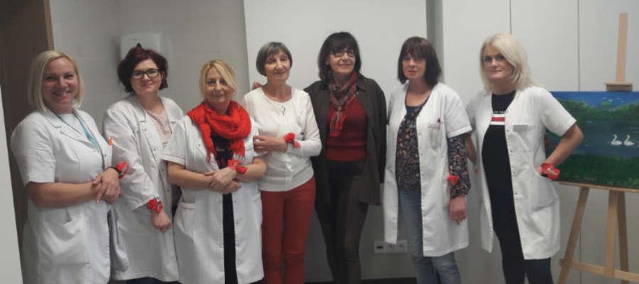 Na zdjęciu od lewej: Irena Ewa Rozmanowska, Monika Ślizewicz, Małgorzata Matej, Maria Puchniarz, Anna Betley–Duda, Janina Janikowska, Beata Komacka