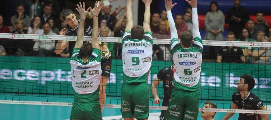 W niedzielnym meczu z Treflem Gdańsk olsztyński blok był momentami dziurawy niczym dobry szwajcarski ser...