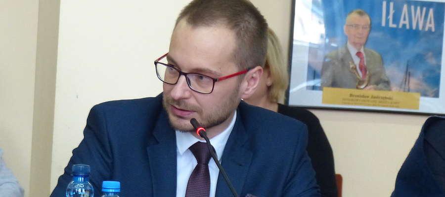 Burmistrz Dawid Kopaczewski twierdzi, że inicjatywa uchwałodawcza będzie dobrą lekcją demokracji