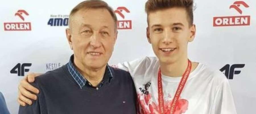 Kacper Lewalski i jego trener Czesław Nagy