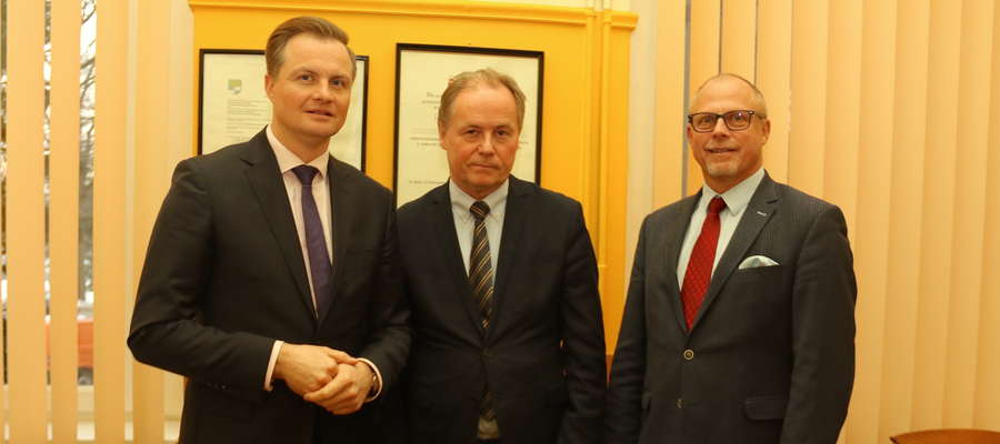 Od lewej: Marcin Kuchciński, Mirosław Dariusz Drzażdżewski, Jacek Protas