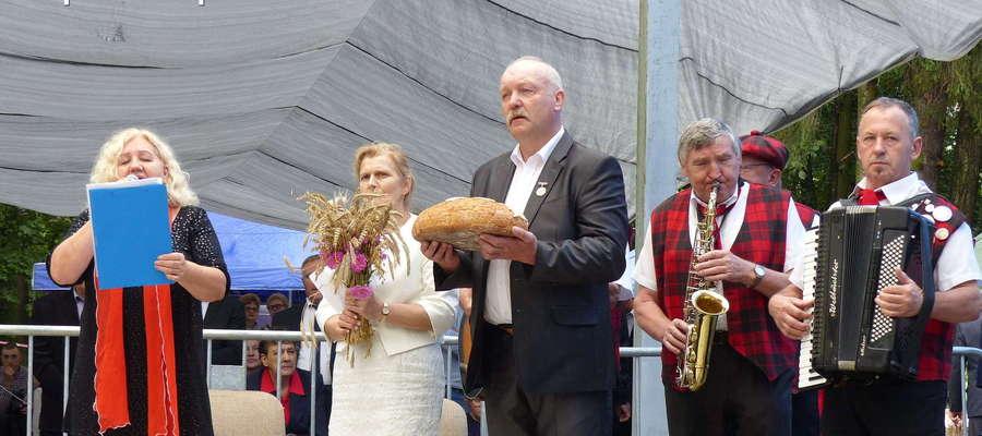Jan Wszeborowski (w środku)
