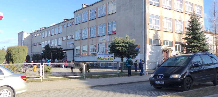 Dyrekcja Szkoły Podstawowej w Lubawie wskazuje uczniom możliwości, z których mogą skorzystać