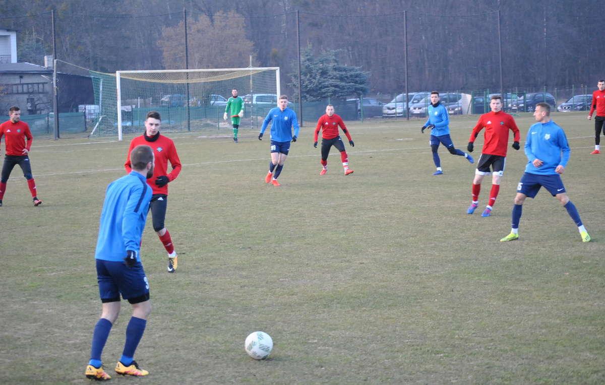 W Wikielcu I-ligowy Stomil grał z IV-ligowym GKS-em [ZDJĘCIA]