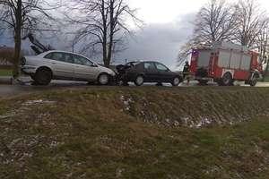 Uwaga kierowcy! Zderzenie trzech samochodów w okolicy Rozdroża