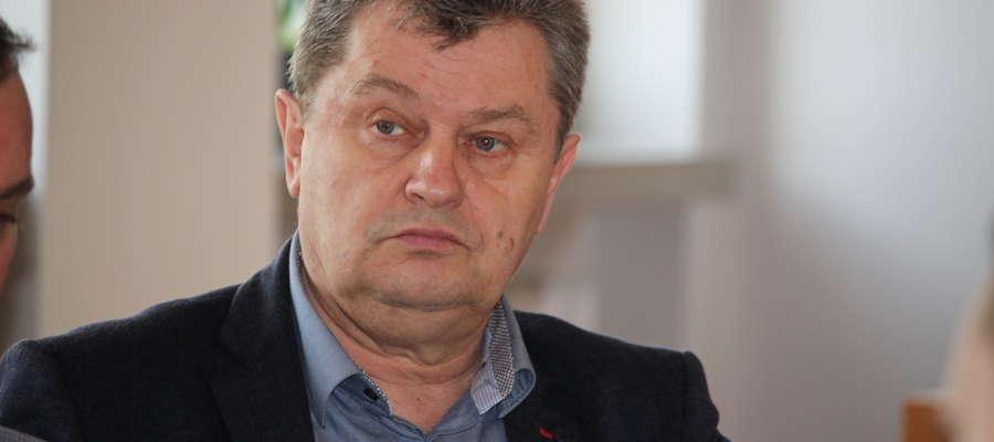 Podczas posiedzenia komisji infrastruktury radni wysłuchali kierownika PZD w Żurominie Adama Witkowskiego, który mówił o ubezpieczeniach upraw rolnych