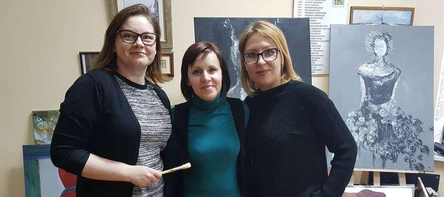 Od lewej: Aneta Woźnialis, Anna Chrapowicka, Izabela Grzesiuk