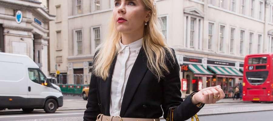Adriana Krawcewicz pochodzi z Olsztyna, ale od lat mieszka i tworzy w Londynie.