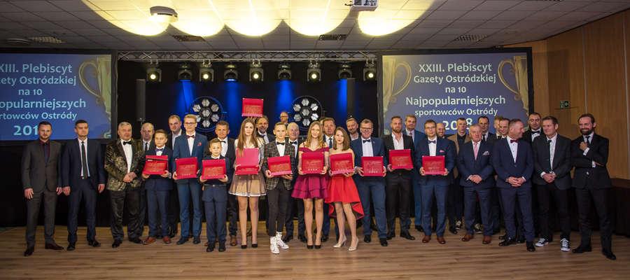 Laureaci i sponsorzy 23. Plebiscytu Gazety Ostródzkiej na 10 Najpopularniejszych Sportowców Gazety Ostródzkiej