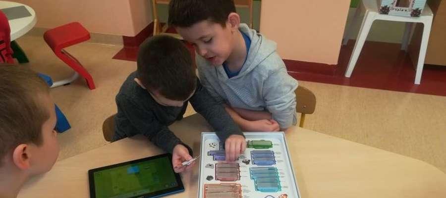 Przedszkolaki w czasie projektowych działań