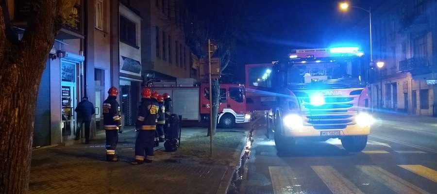 W wyniku pożaru ucierpiały dwie osoby