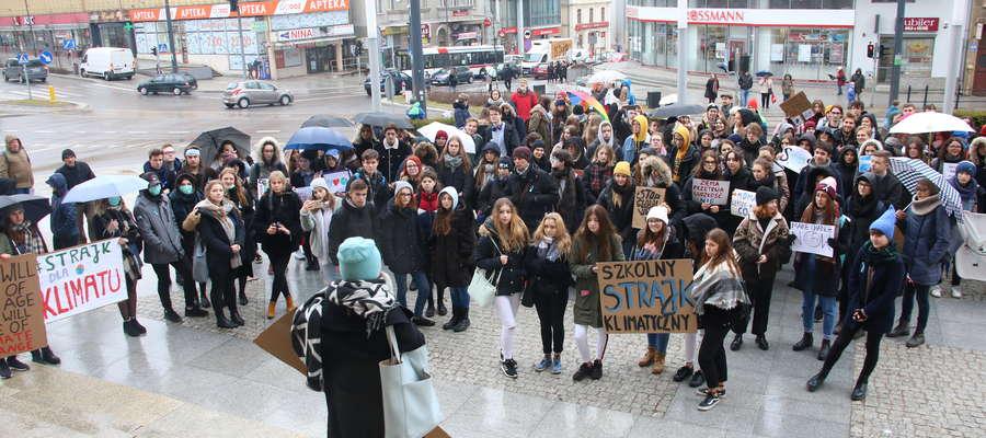 15 marca w Olsztynie odbył się Młodzieżowy Strajk Klimatyczny. Kolejny klimatyczny alarm ogłoszony zostanie także 20 września