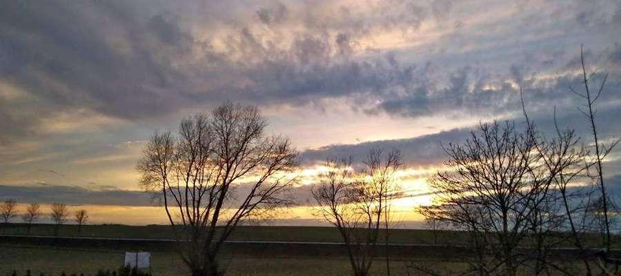 Zachód słońca w Połęczu.