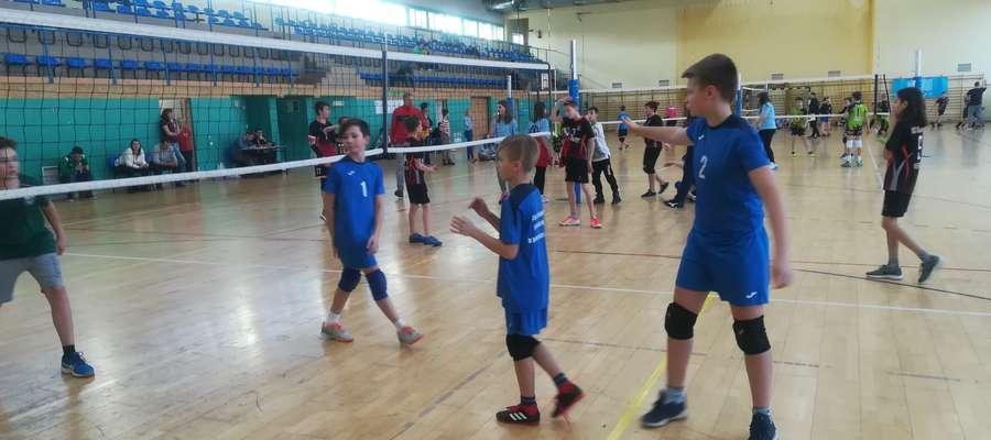 Młodzi zawodnicy w akcji