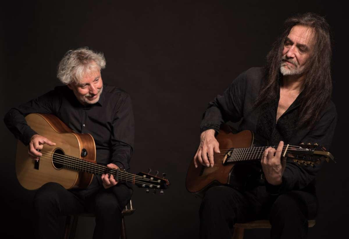 Koncert: Mirek Czyżykiewicz i Witold Cisło w CEiIK - full image